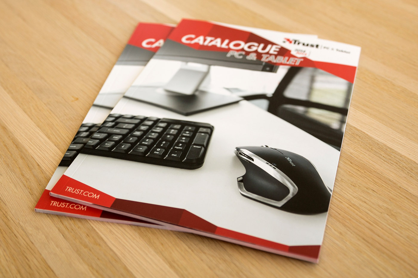 cover trust magazine catalogue2014