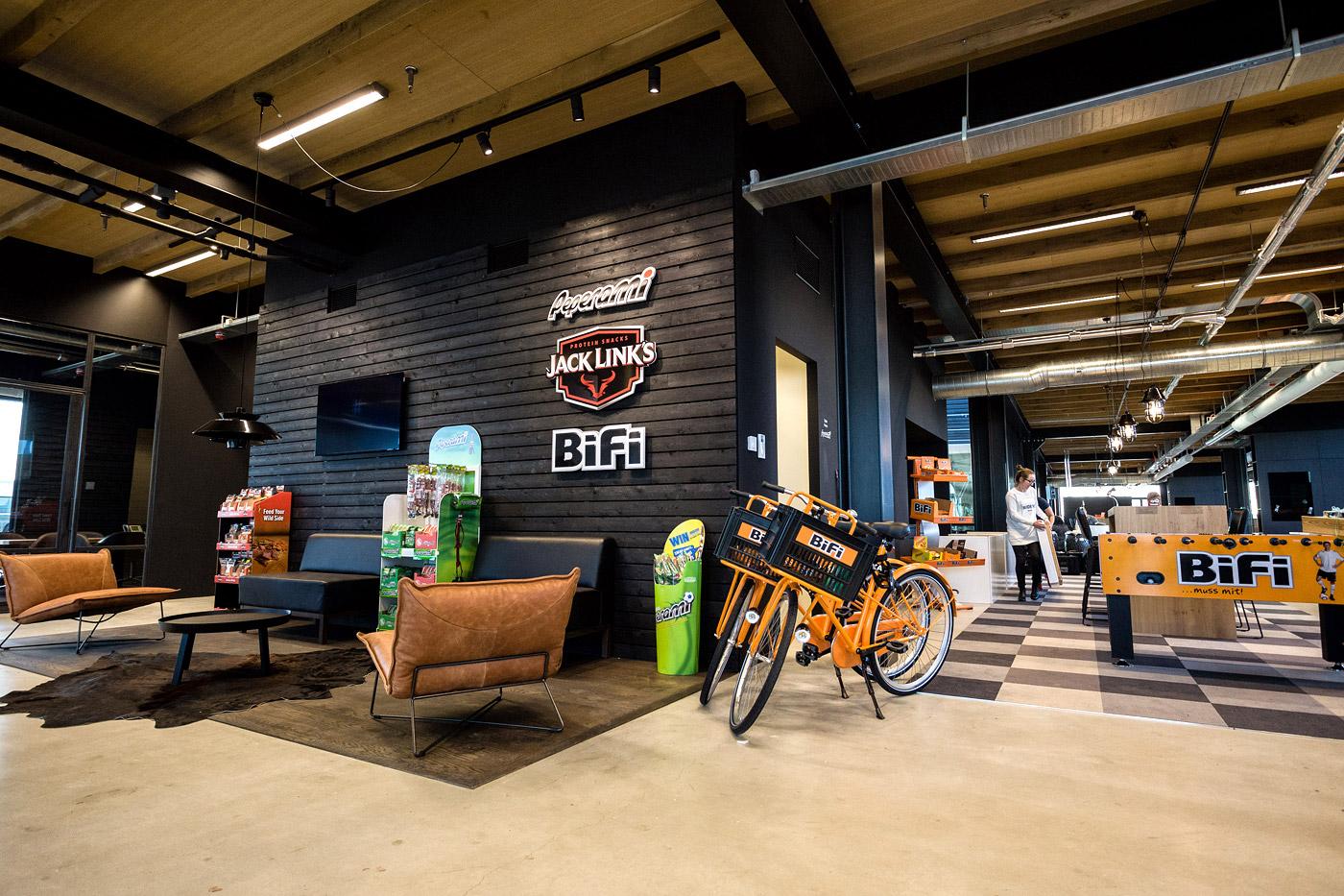 jacklinks-bifi-peperami-amsterdam-Bob-Hersbach-receptie-hoofdkantoor-opening-fotograaf