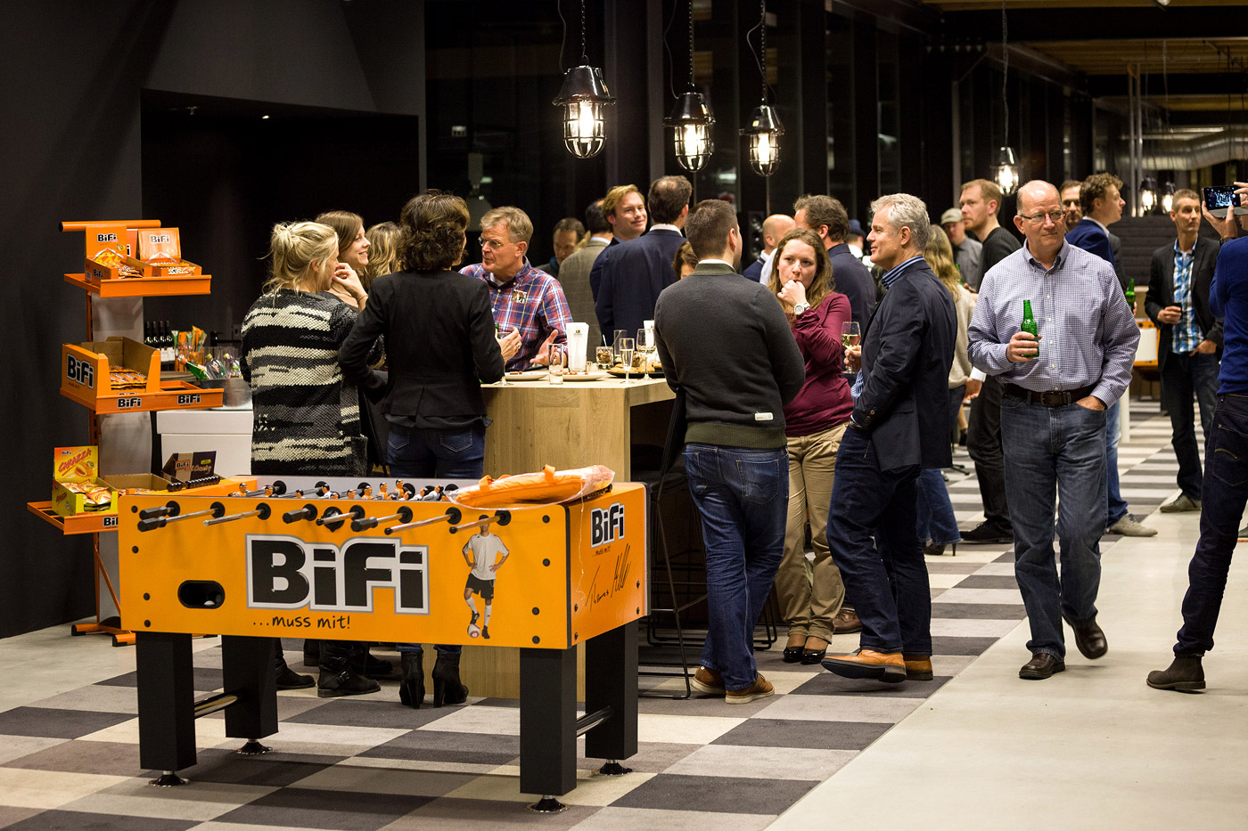 jacklinks-bifi-peperami-amsterdam-feest-party-receptie-hoofdkantoor-opening-Bob-Hersbach