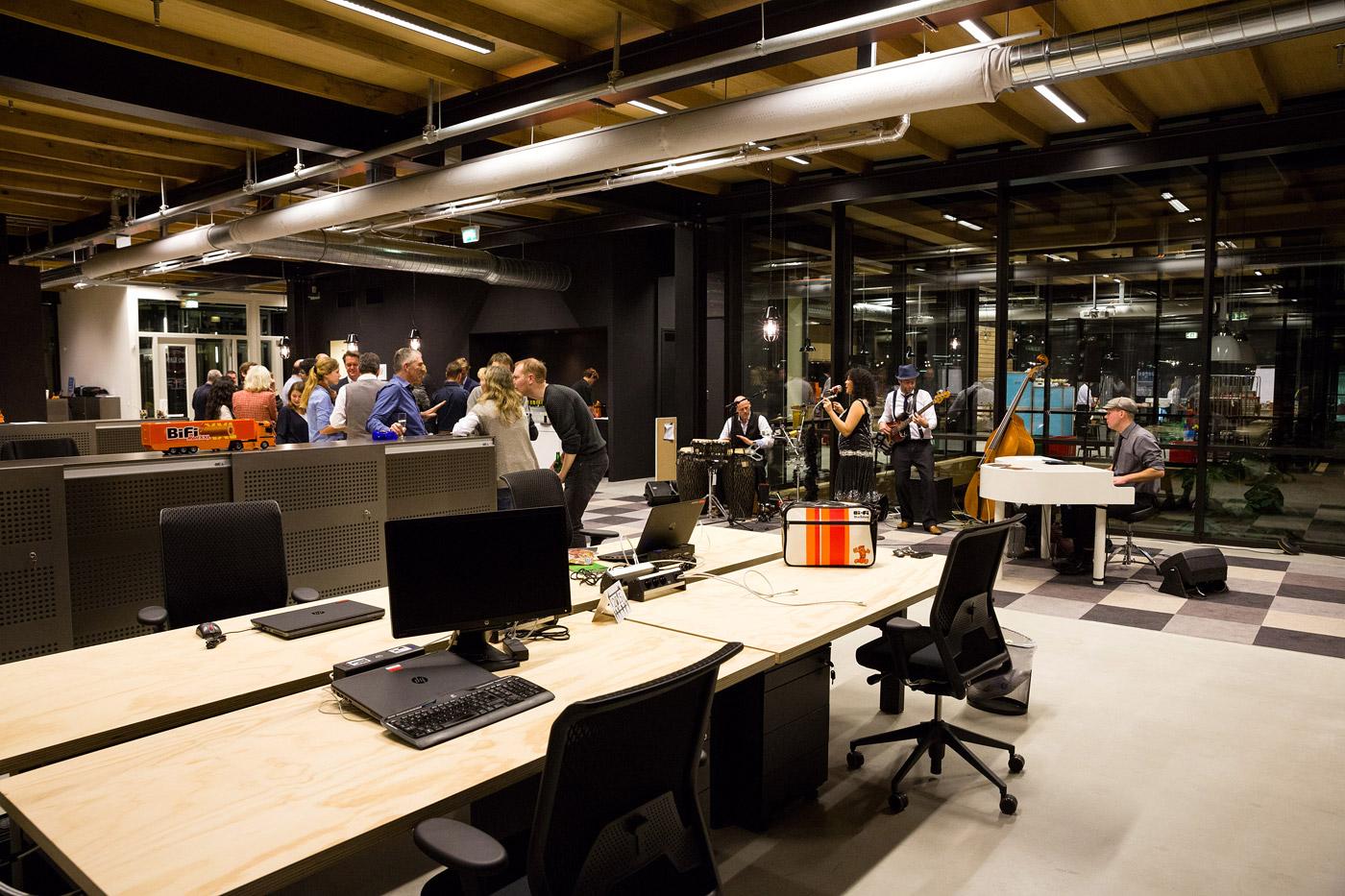 jacklinks-bifi-peperami-amsterdam-feest-receptie-hoofdkantoor-hersbach-opening