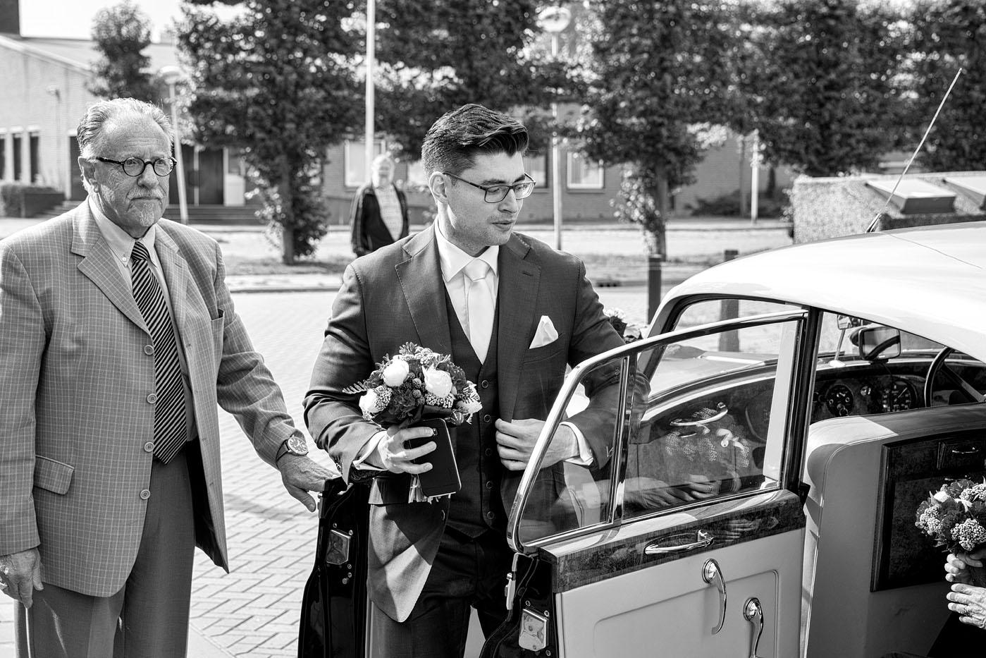 bruiloft-wedding-trouwen-fotograaf-chinees-bobhersbach-rotterdam-auto