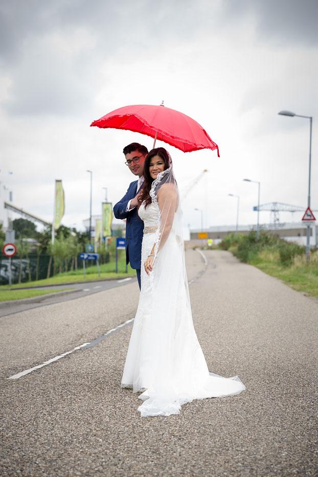 bruiloft-wedding-trouwen-fotograaf-chinees-bobhersbach-rotterdam-regen